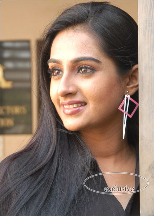 Laya - Telugu cinema Photo Gallery - Actress