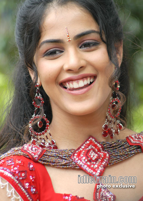 genelia - telugu cinema photo gallery - actress