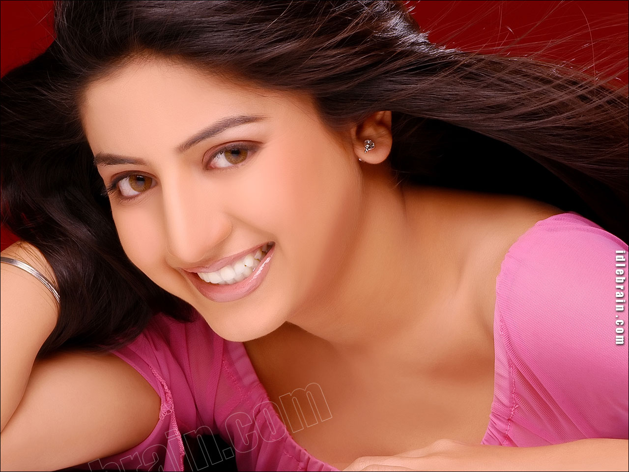 Poonam Kaur Wallpaper
