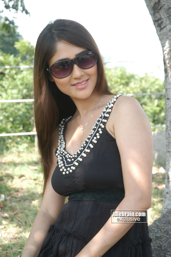 Ee Rojullo Telugu Movie Actress Watch Attila The Hun Heroes And