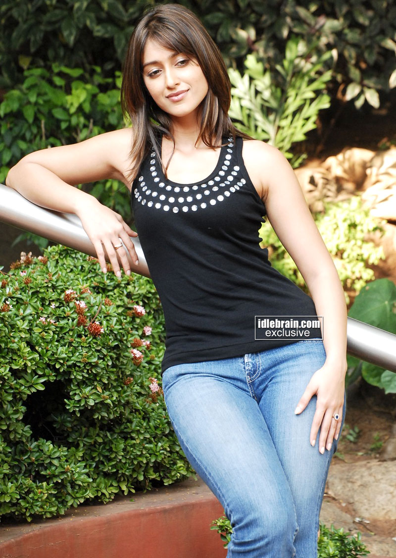 Related Pictures andhra mania hot photos pictures