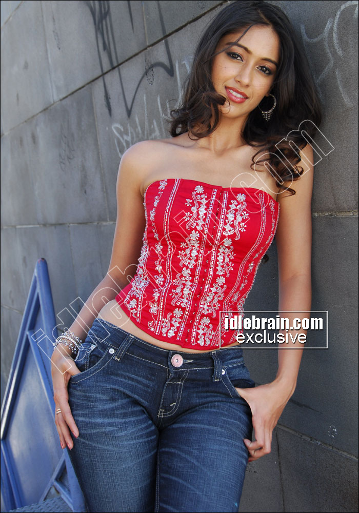 Re South Indian Actress In Tight Jeans Pant Super Sey Show Enjoy