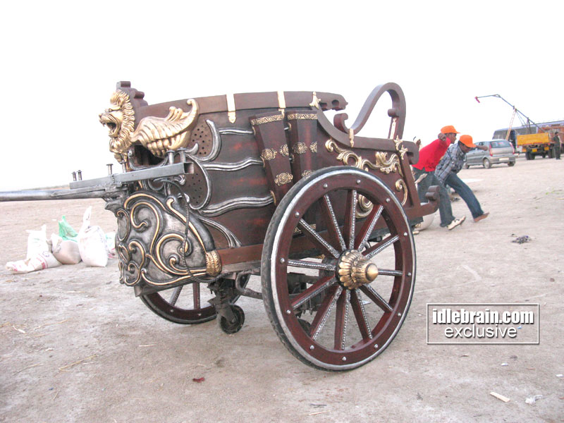 chariot making for magadheera film art director ravinder. Black Bedroom Furniture Sets. Home Design Ideas