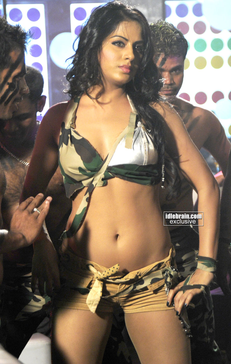 Sexy Item Girl Rachna mourya HQ hot pictures