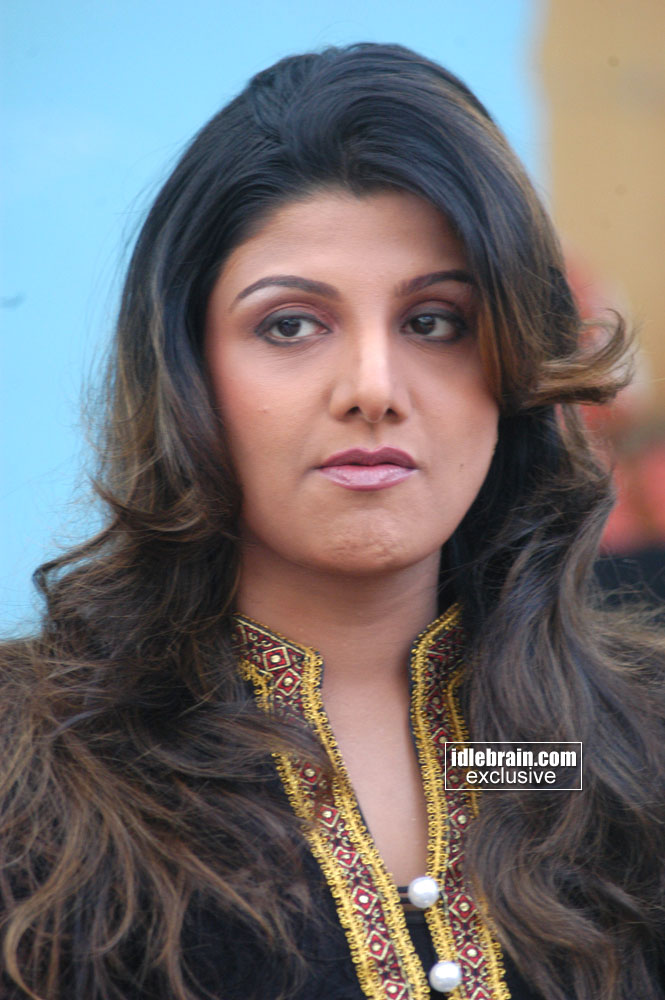 ... .com > Photo Gallery > Heroines > Rambha (Telugu cinema Actress