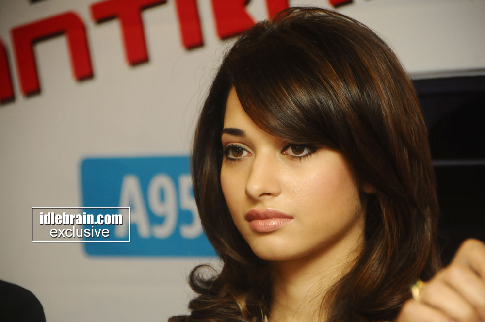Tamanna Latest: Best Pictures Of Celebrity