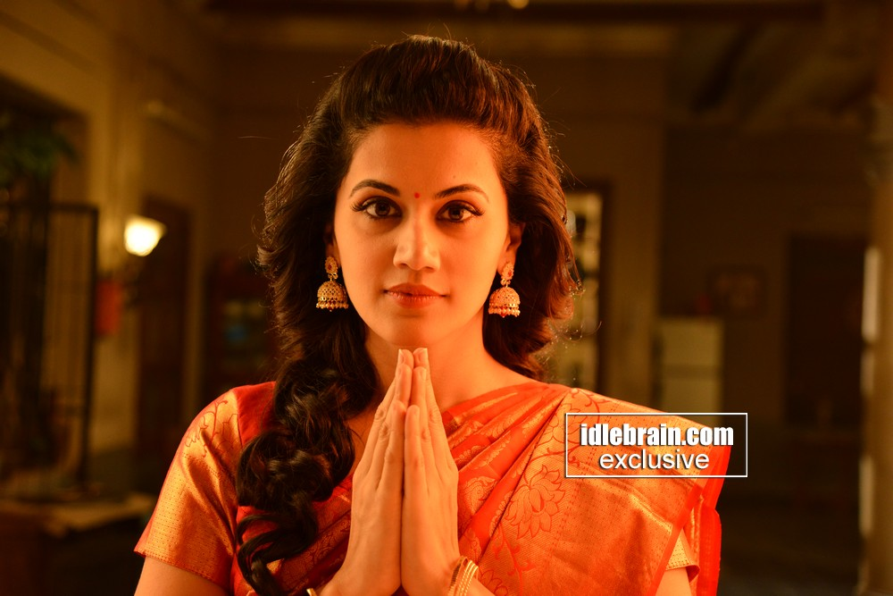 Anando Brahma working photo gallery - Telugu cinema - Taapsee Pannu